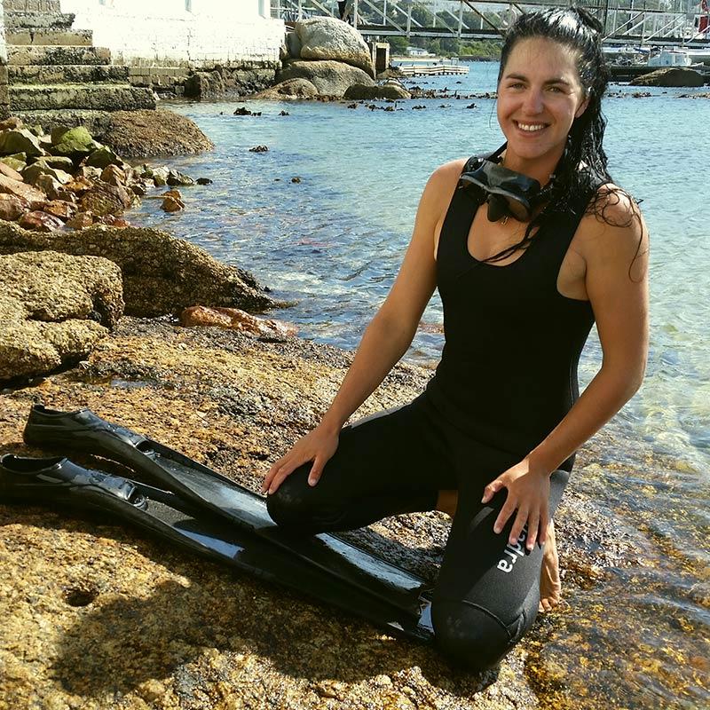 Nina Daniels - Shark Explorers